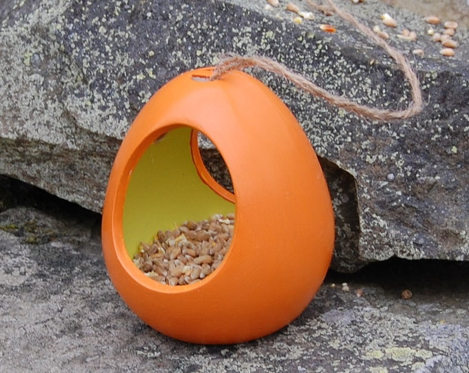 Two Tone Orange and Lime Green Ceramic Wild Bird Seed Feeder  - Gardening Gifts - Scottish Gifts - Birds - Apple - Balls - Suet