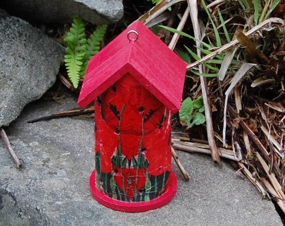 Red Poppy Poppies Wooden Ladybird House Hotel - Ladybug - Insect House - Bug Hotel - Bee House - Gardening Gifts - Scottish Gifts
