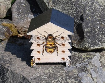 Bumblebee Wooden Bee Hive Insect House