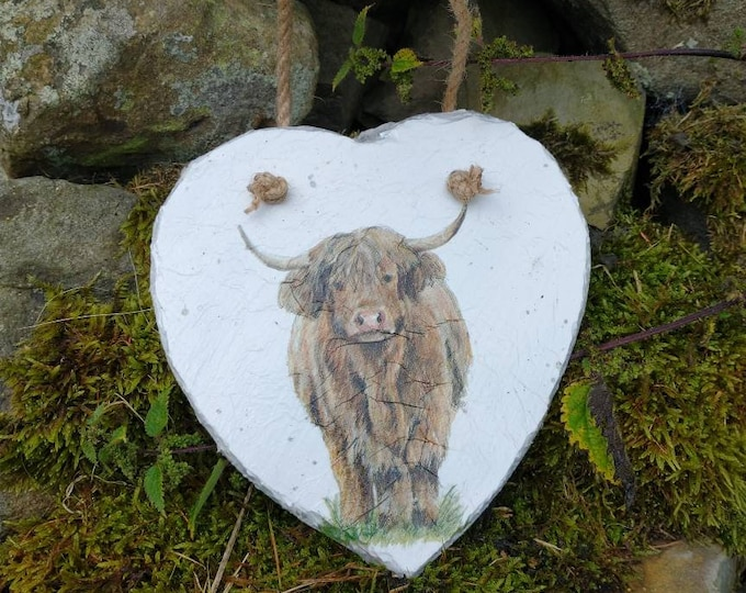 Highland Cow Slate Heart Hanger - Hanging Heart  - Garden Decor - Decorative Sculpture Gardening - Scotland - Scottish Gifts