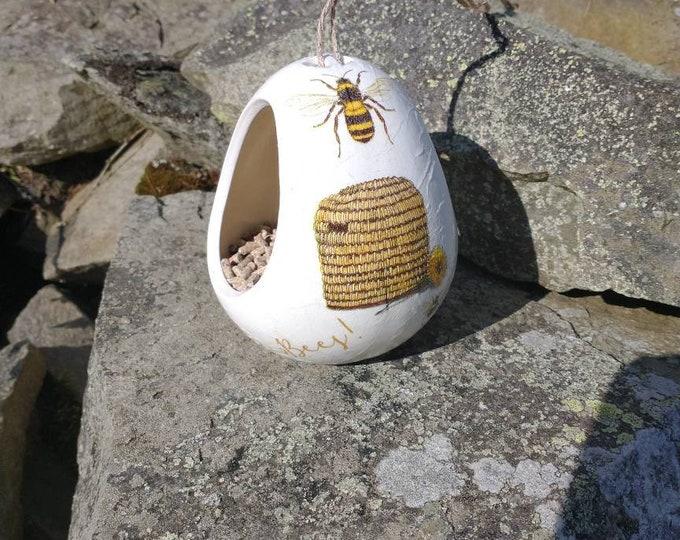 Save the  Bees Two Tone White and Cream Ceramic Wild Bird Seed Feeder  - Gardening Gifts - Scottish Gifts - Birds - Apple - Balls - Suet