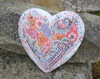Retro Vintage Flowers Slate Heart Hanger - Hanging Heart  - Garden Decor - Decorative Sculpture