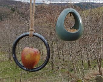 Bird Feeder Choose Your Own Colour Ceramic Bird and Round Bar Fruit Feeder Gift Set - Gardening Gifts - Birds - Apple - Balls - Suet