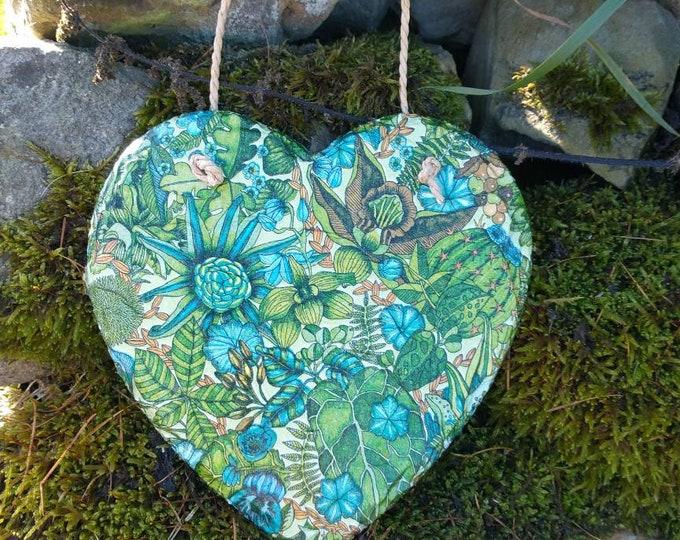 Cacti and Succulents Slate Heart Hanger - Hanging Heart  - Garden Decor - Decorative Sculpture
