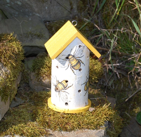 Busy Bumble Bee, Bees Yellow  Wooden Ladybird House Hotel - Ladybug - Insect House -  Gardening Gifts - Scottish Gifts