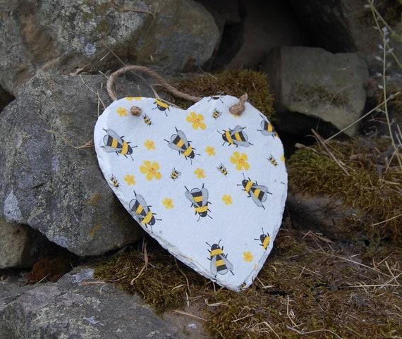 Busy Bees Slate Heart Hanger - Hanging Heart  - Garden Decor - Decorative Sculpture