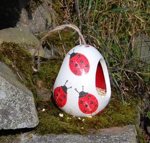 Ladybird Ladybug Two Tone White and Yellow Ceramic Wild Bird Seed Feeder  - Gardening Gifts - Scottish Gifts - Birds - Apple - Balls