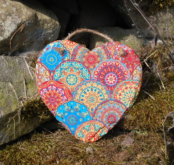 Bright Circles Hippy Mandala Slate Heart Hanger - Hanging Heart  - Garden Decor - Decorative Sculpture