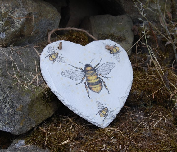 Bumble Bee Bees Slate Heart Hanger - Hanging Heart  - Garden Decor - Decorative Sculpture