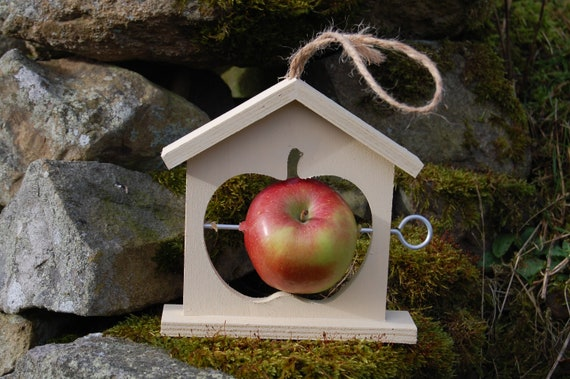 Cream Wooden Bird Feeder  - Gardening Gifts - Scottish Gifts - Birds - Apple - Balls - Scotland - Gardener - Nature - Garden