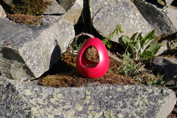 Red Ceramic Wild Bird Seed Feeder  - Gardening Gifts - Scottish Gifts - Birds - Apple - Balls - Scotland - Gardener - Nature - Garden