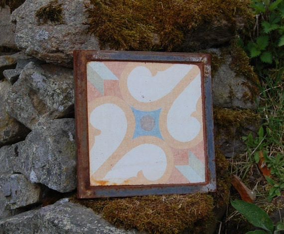 Upcycled Plant Pot Stand – Trivet – Garden Art – Orange - Gardening Gifts - Garden - Scottish Gifts - Scotland