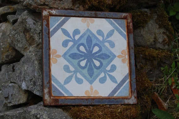 Upcycled Plant Pot Stand – Trivet – Garden Art – Blue Fleur De Lys - Gardening Gifts - Garden - Scottish Gifts - Scotland