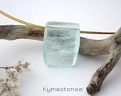 Splendid Crystal of Aigue Marine in pendant