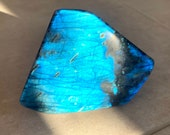 Original free-form blue Labradorite