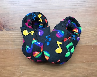 Music Notes Handmade Baby Booties, Soft Baby Shoes, Baby Shower Gift, Crib Shoes