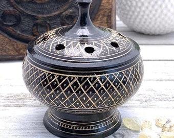 Resin Incense Burner Three Legged Ornate Brass Frog Metal Grill Wooden Base