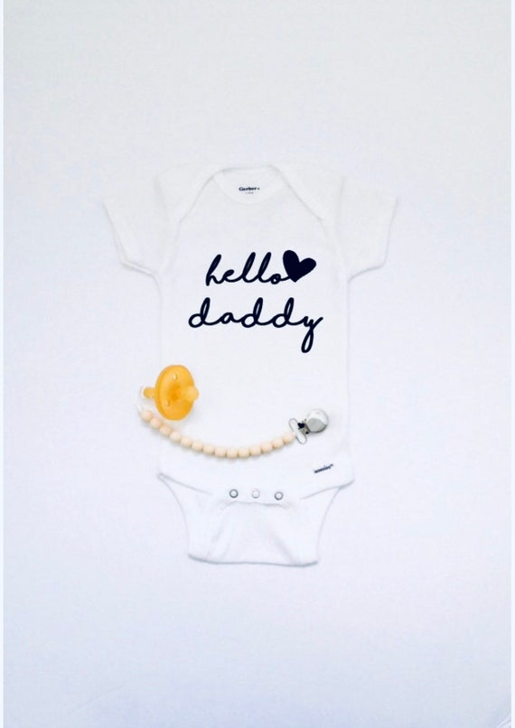 Hello Daddy bodysuit  Baby announcement  Personalized bodysuit  Pregnancy announcement  Baby Reveal  Husband baby reveal  Custom baby