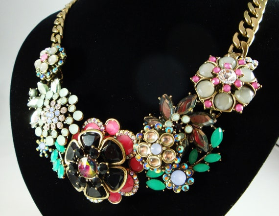 Joan Rivers Rhinestone Flower Bib Statement Neckla