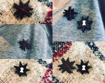 Hedge Witches Stars Lapel Pin