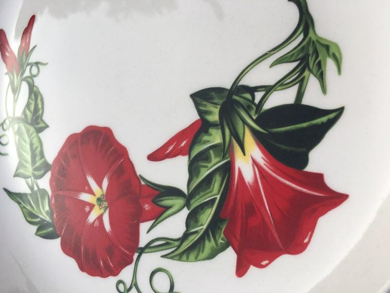 Circa 1950s Hollywood Craftsmen Made in California \u201cScarlet Morning Glory\u201d dinner plate