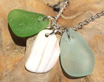 "Lime Green & Sea Foam Green Seaglass 16"" Necklace with California Seashell"