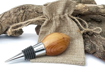 Bottle stopper made from Yew and Chrome. Ideal gift comes in a hessian bag.
