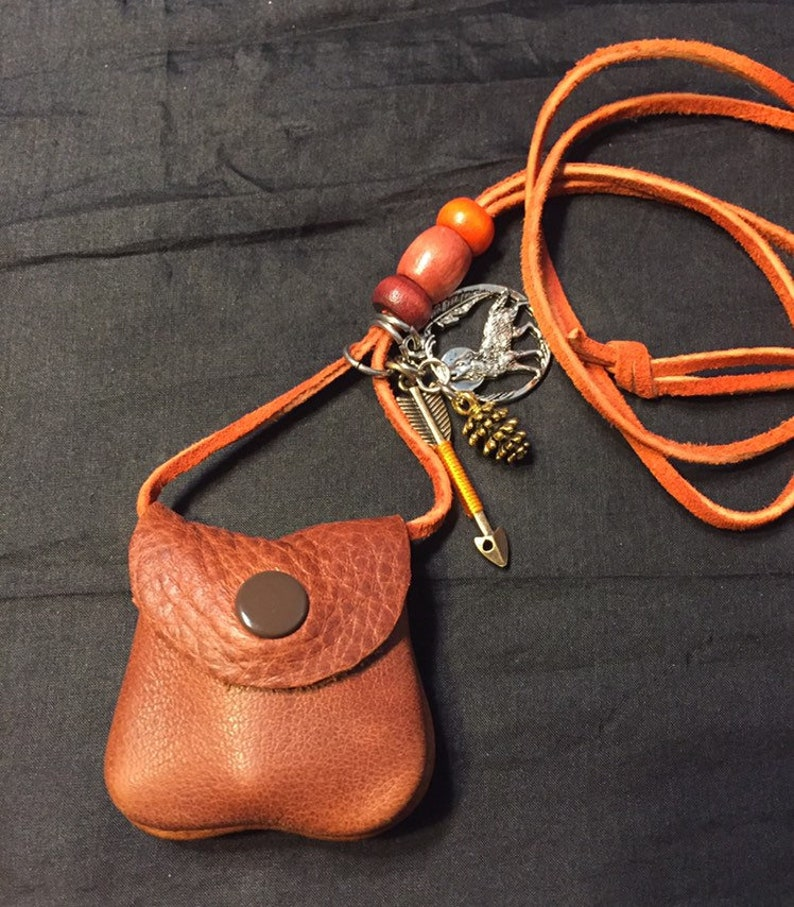 Red Wolf Pocket pouch, Wolf Spirit pouch, Wolf necklace, Wolf totem, Wolf  medicine bag, leather medicine bag, Wolf fetish, Wolf energy bag