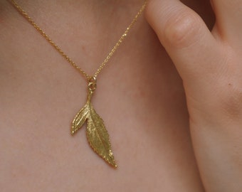 Sterling silver leaf pendant with chain Necklace for Women, Goldplated Wild Rose leaf Pendant necklace on chain