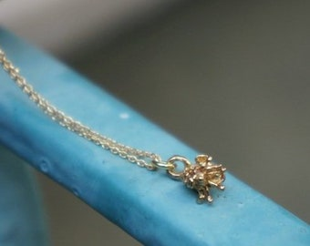 Minimalist small flower pendant with chain necklace Goldplated in sterling silver. Vintage Style Necklace.