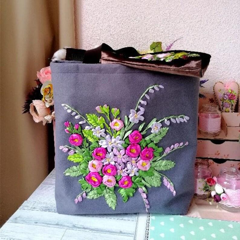 Ribbon embroidery set shopper bag handbag make up bag pouch boho hippie floral grayvfabric bag with lining ribbon embroidery red roses with
