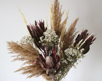 Dried flower bouquet, tall protea, pampas grass