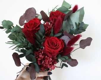 Preserved flower bouquet, Red roses and eucalyptus