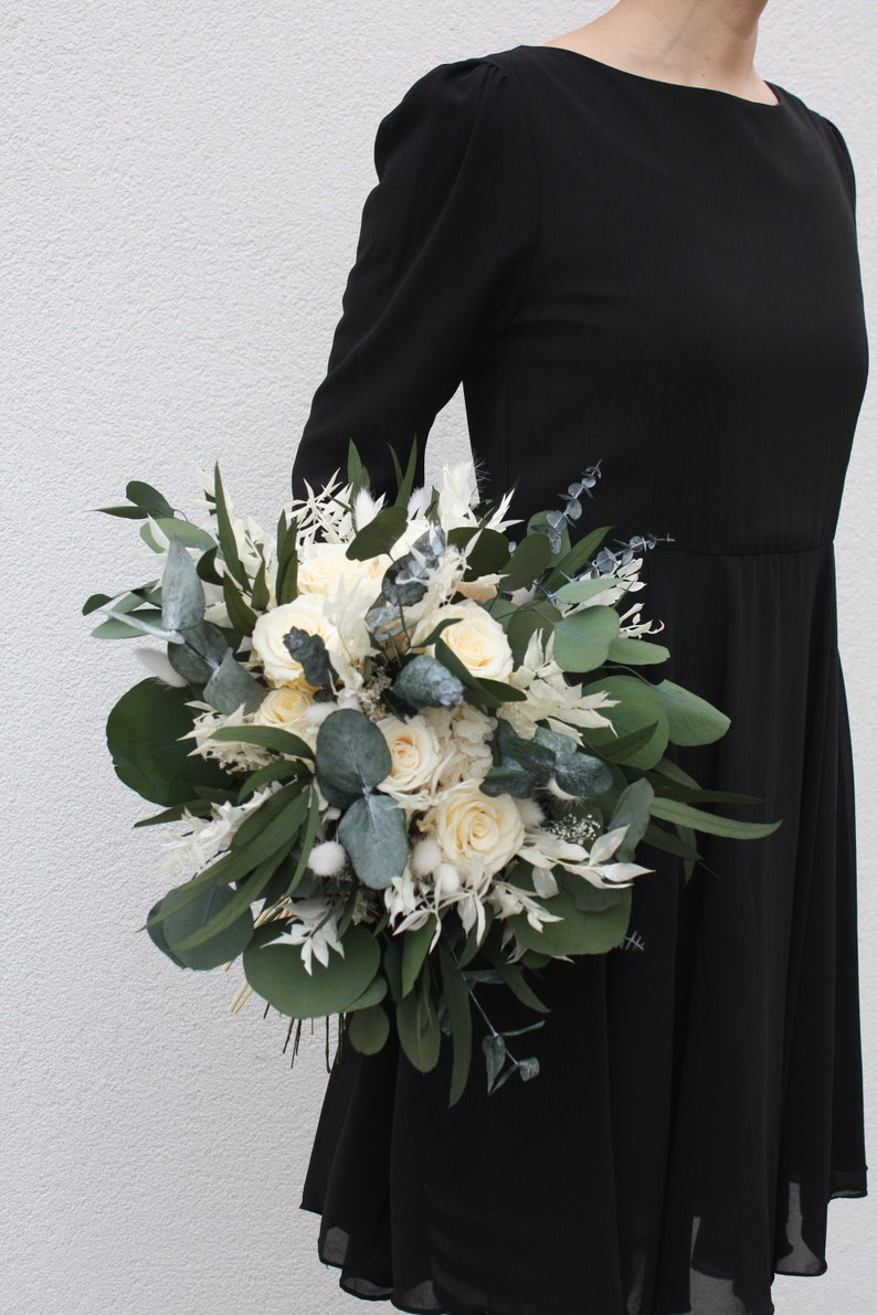 Real flower  Wedding bouquet  Preserved flowers  Dried image 1