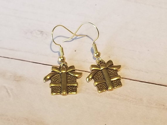 Gold Present Gift Earrings | Gift Jewelry | Present Jewelry | Christmas Present | Festive Earrings | Holiday Jewelry | Christmas Party