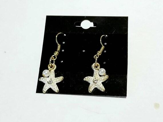 Starfish Dangle Earrings | Beach Jewelry | Ocean Jewelry | Marine Life Accessories | Summer Jewlry | Dangling Starfish Pearl Earrings