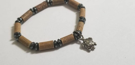 Pure Hazelwood Hematite Turtle Baby Anklet | Baby Ankle Bracelet | Baby Anklet | Infant Jewelry | Natural Teething Remedy | Baby Hazelwood