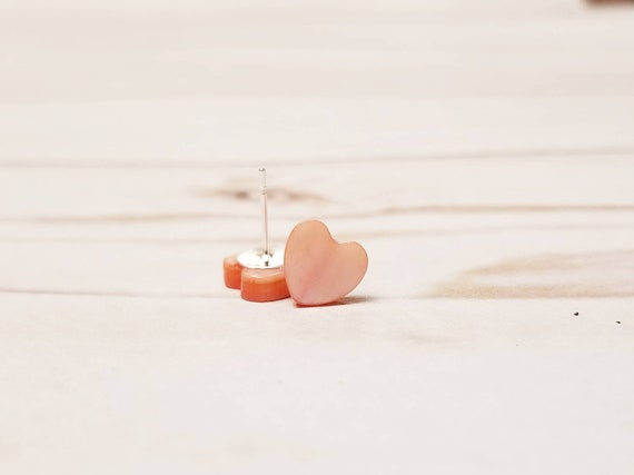 Tiny Pink Shell Heart Stud Earrings | Valentines Day Earrings | Valentines Jewelry | Holiday Accessories | Dainty Jewelry | Simple Earrings