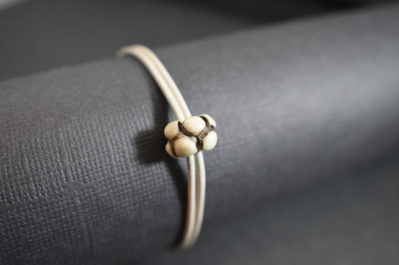 Bracelet off-white leather and ceramic image 0