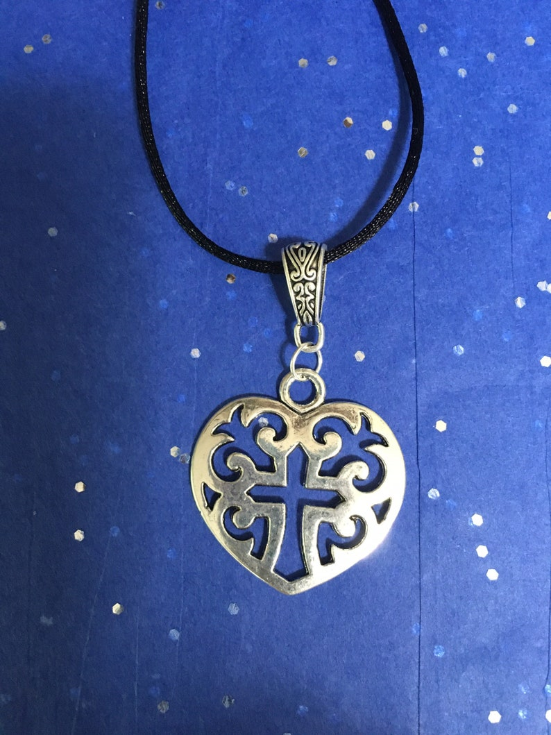 Statement Piece Jewelry Charm Accessory Unisex Spiritual Gift French Fluer de lis Gothic Necklace MEDIEVAL CROSS PENDANT