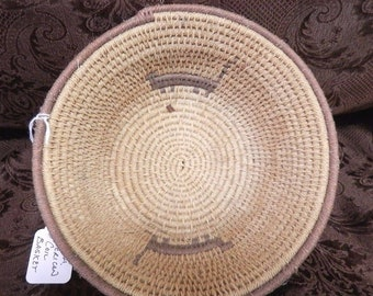 Vintage South American Coiled Basket (A) with animal motif 7 inches in diameter in terrific condition