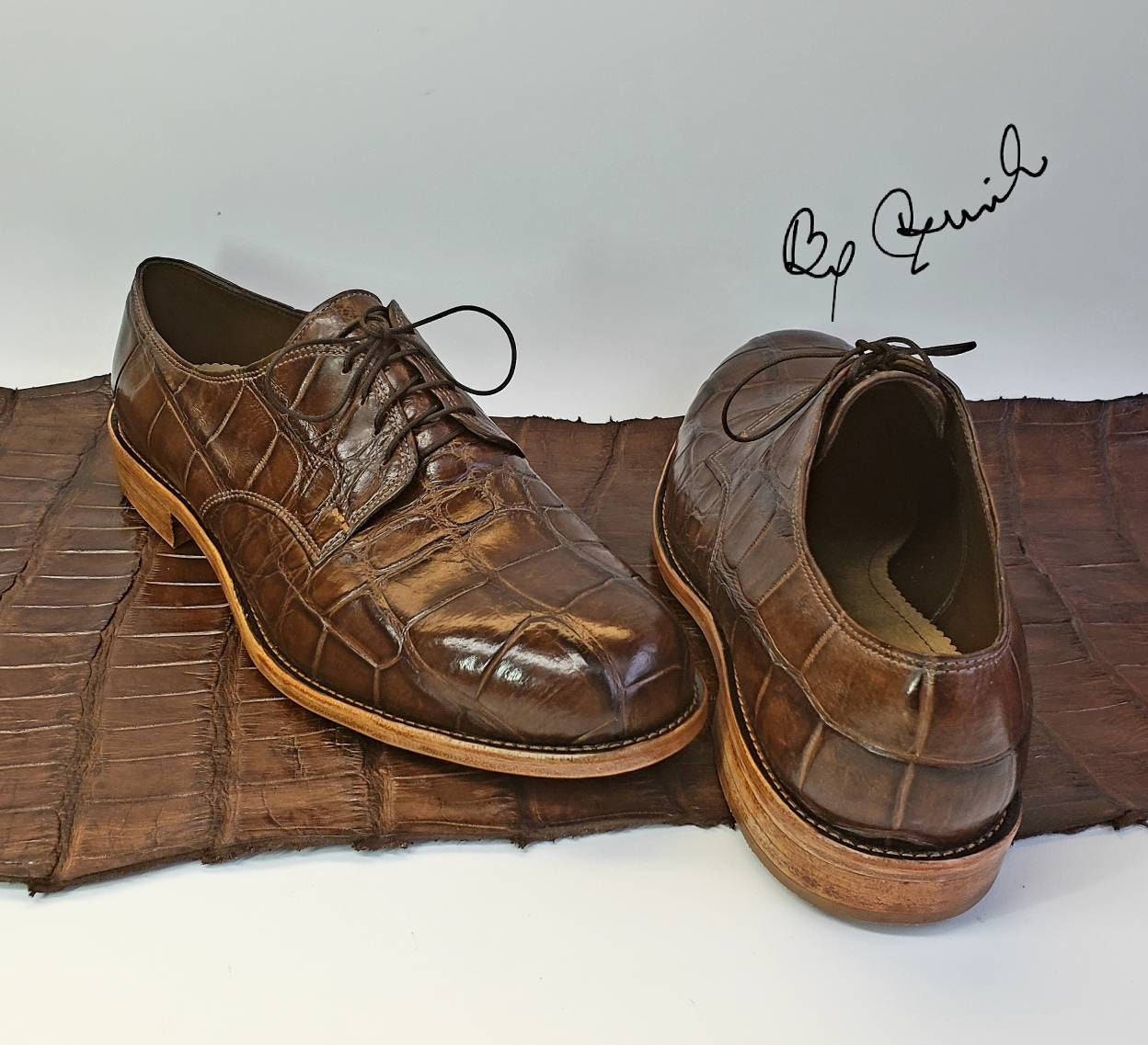Exotic alligator, with Derby shoes, unique style with alligator, not heel cap, all leather( lining-counter-toe box-sole and stacked heels).Handcrafted USA ce6af7