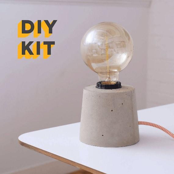 DIY Beton Lampe Kit und Edison-Lampe - Textilkabel, Beton-Hängelampe,  Beton, Beton-Tischleuchte, Industrielampe, Licht, Beton Licht