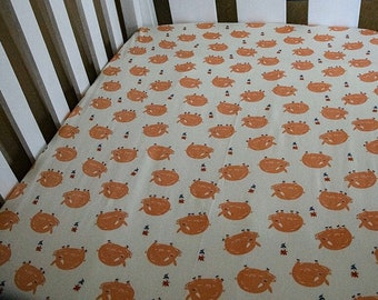 Fitted Cot Sheet (Little pigs print)