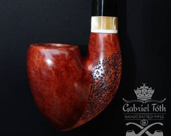 Stylish handcrafted tobacco smoking pipe