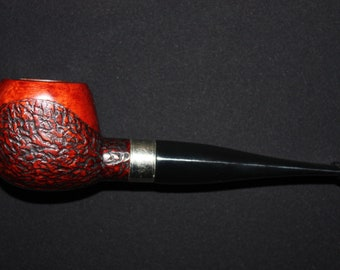 Stylish handcrafted rustic tobacco smoking pipe