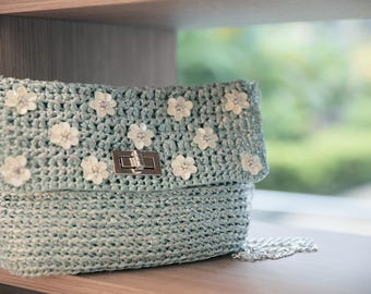 Cross body bag with sequins