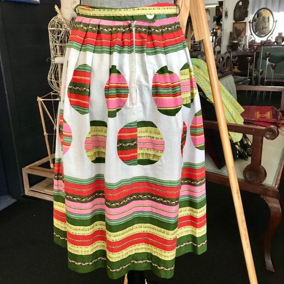 Vintage (1950's) Cotton Novelty Print Skirt - image 2