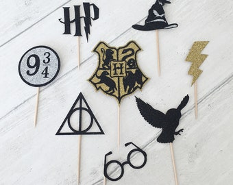 Harry Potter Themed Cupcake Toppers (Hogwarts, Deathly Hallows etc)