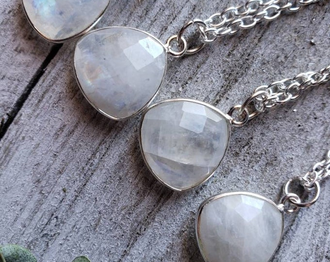 Dainty Moonstone Gemstone Necklace, Crystal Necklace, Calming.